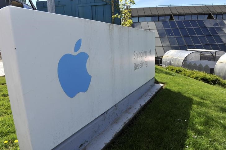 EU Questions Ireland's Tax Deal with Apple