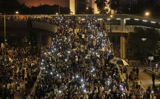 Defiant Hong Kong Protesters Clash with Police Despite Talks Offer
