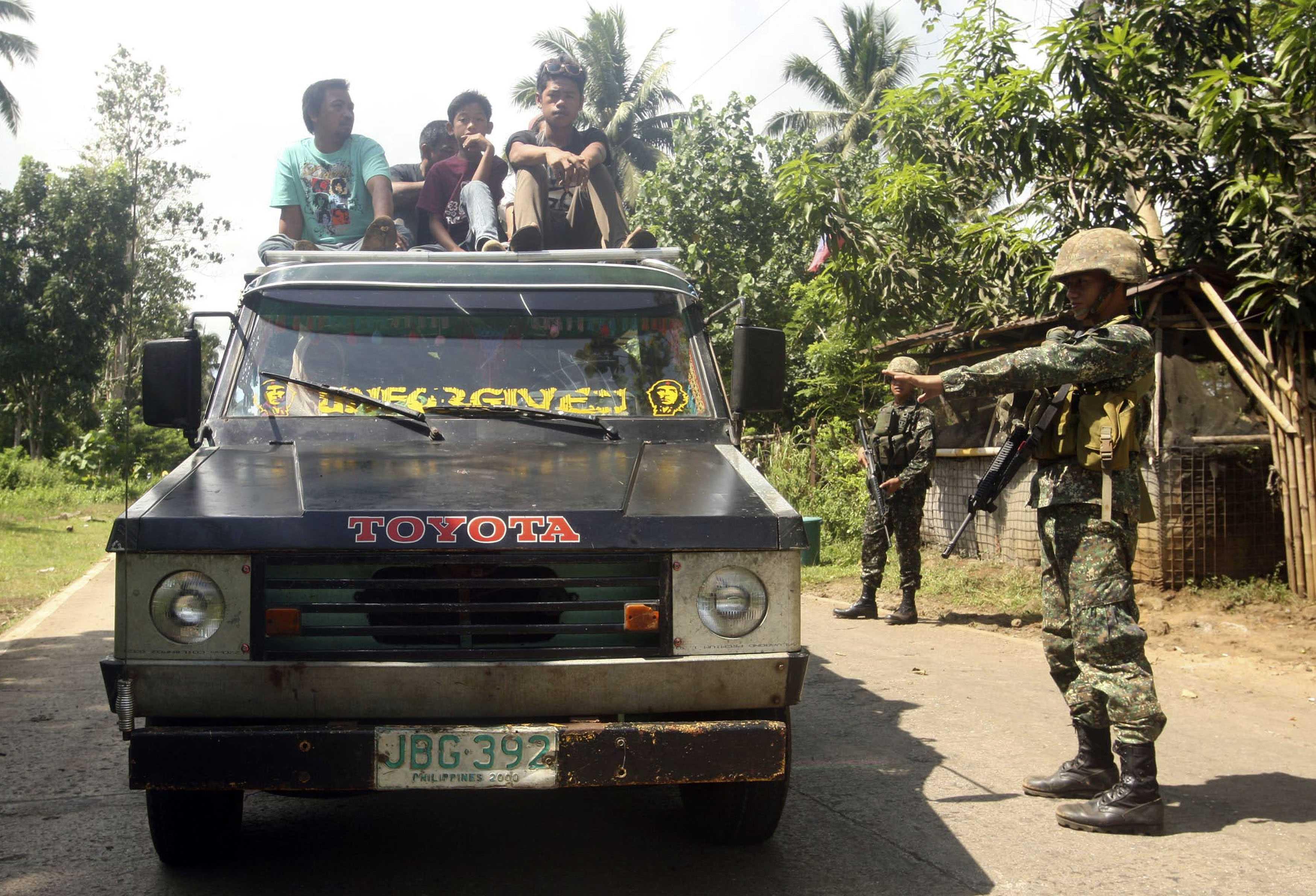 Philippine Islamist Militants Threaten to Behead German on October 17