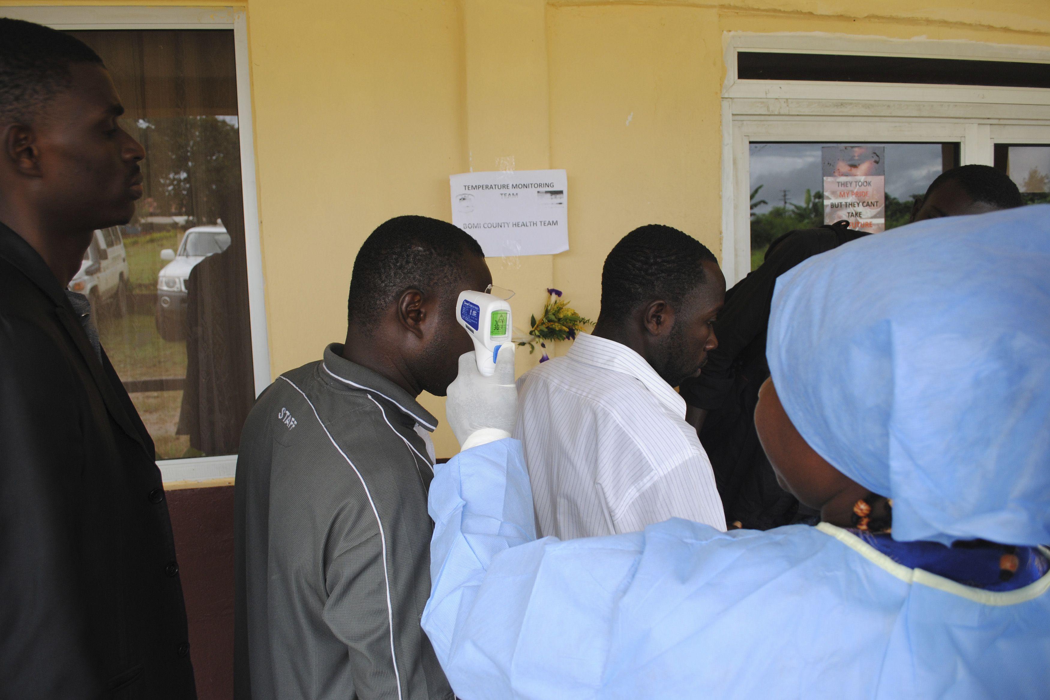 Sierra Leone Records 121 Ebola Deaths in a Single Day