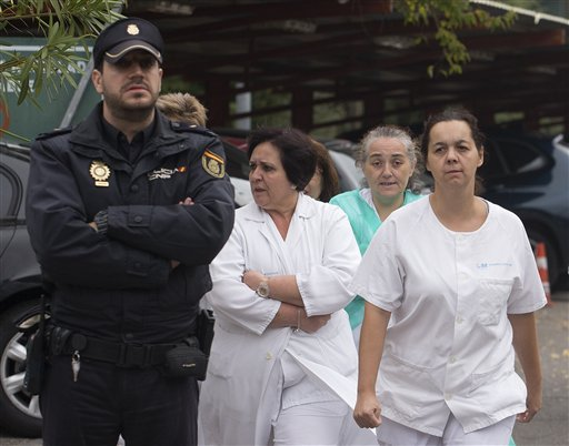 Spanish Ebola Nurse Given All-Clear
