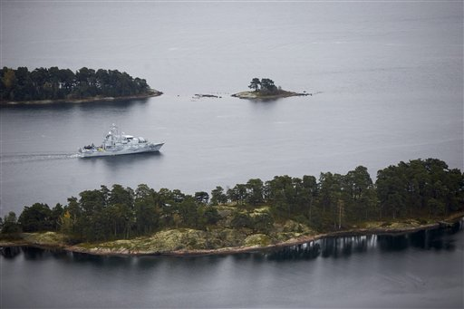 Sweden Claims 3 Credible Sightings in Search for Russian Submarine
