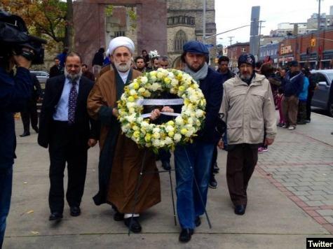 Canadian Muslim Group Lays Wreath at National War Memorial, Condemns Jihadist Attack