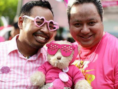 Singapore Upholds Sodomy Ban