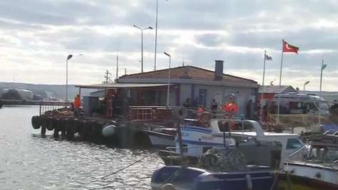 Rescuers Pull 24 Bodies from Sea Near Istanbul After Boat Sinks