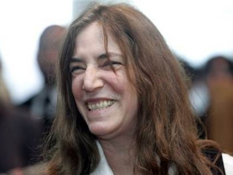 Rocker Patti Smith to Sing for Pope