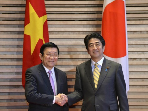 World View: Japan Strengthens Military Alliances with Philippines and Vietnam