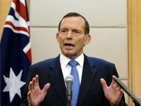 Australian PM Abbott Puts Military on Standby 'to Ensure We Get Justice' for MH17 Victims