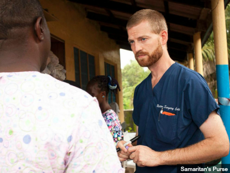 Christian Doctor Writes of Holding Ebola Victims' Hands: 'God Calls Us to Serve'