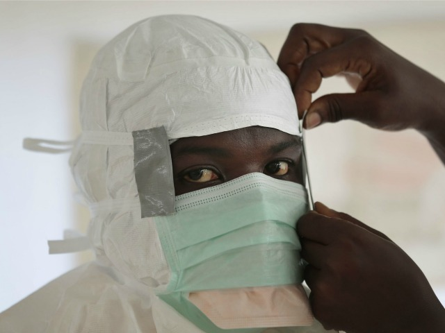 Report: 13,500 US Visas Held by People from Ebola-Stricken Countries