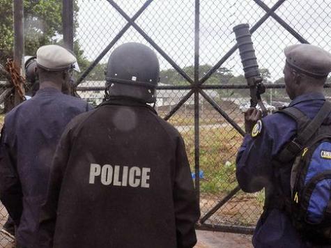 Ebola: Liberia Issues 'Shoot-on-Sight' Order at Sierra Leone Border