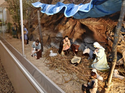 In France, Overwhelming Support for Public Nativity Scenes