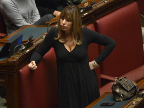 Mussolini's Granddaughter on Ballot in Italy