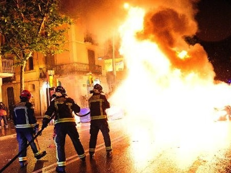 Injuries, Arrests in Barcelona on Third Night of Barcelona Clashes