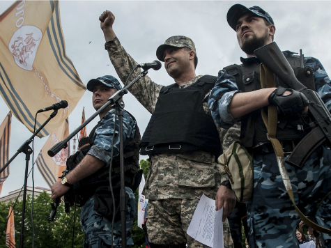 Pro-Russian Separatist Zakharchenko Wins Ukraine Rebel Vote