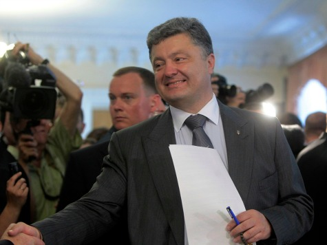 Ukraine Leader Visits Obama Seeking US Security Pledge
