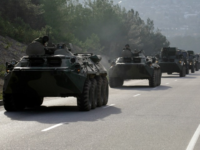 Ukraine Accuses Russia of Sending Dozens of Tanks Across Border