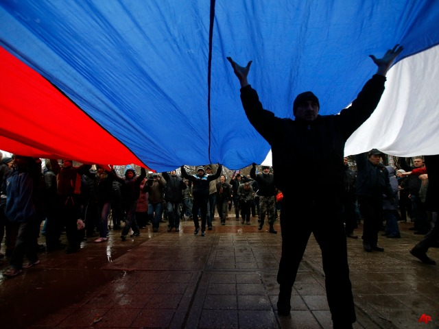 Pro-Russia Demonstrators in Donetsk, Luhansk Capture More Government Buildings