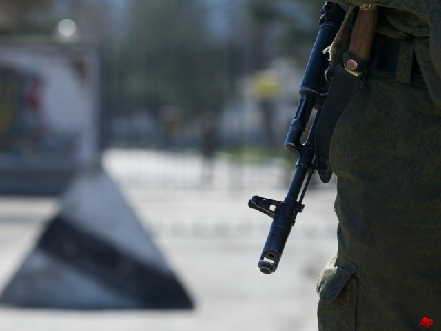Pro-Russian Forces Attack Ukraine Army Base in Mariupol