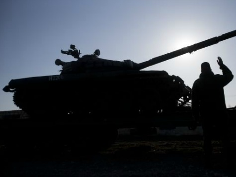 Ukraine Moves Tanks to the East as Pro-Russia Forces Build More Barricades