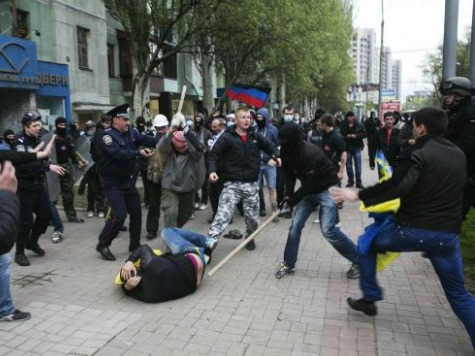 Mariupol Explodes in Violence on Ukraine's Victory Day, Interior Minister Claims 20 Dead Pro-Russians
