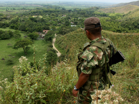Liberated Colombian Soldiers: FARC Wanted to Take Us to Venezuela