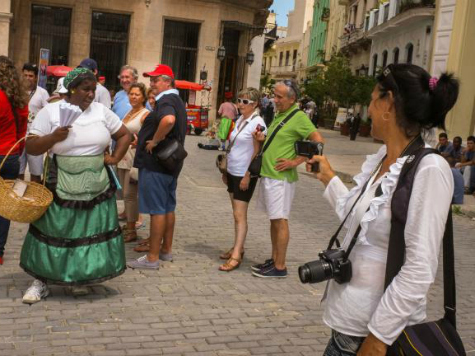 Harvard Offering Thinly-Disguised 'People to People' Tourism Trips to Cuba