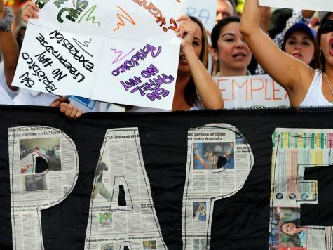 Venezuela's Biggest Newspaper in 'State of Emergency' Over Lack of Paper
