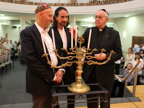 Pope Francis to Bring Rabbi, Muslim Leader on Holy Land Trip
