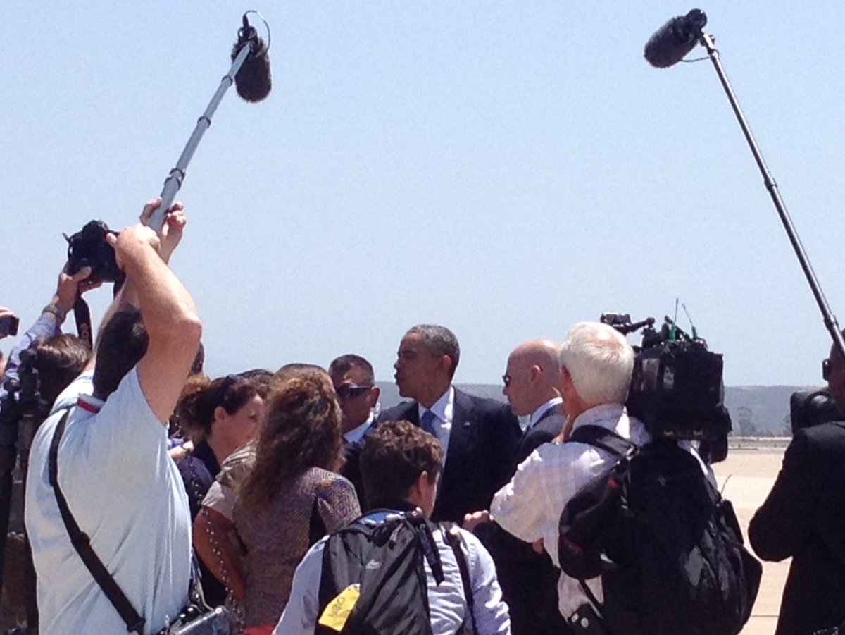 Obama Arrives in San Diego for $10k-Per-Photo Fundraiser