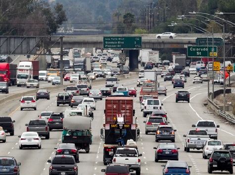 1 in 10 to Travel by Car for Memorial Day, CA Drivers Will Pay Most in Gas