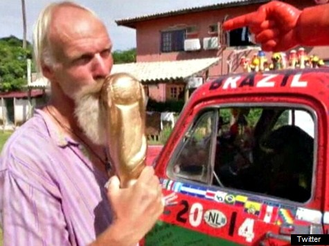 Dutch Soccer Fan Drives 13,000 Miles From San Francisco to Brazil for World Cup