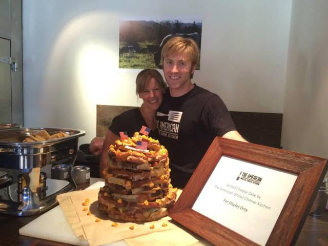 SF Restaurant Creates Giant Grilled Cheese Cake