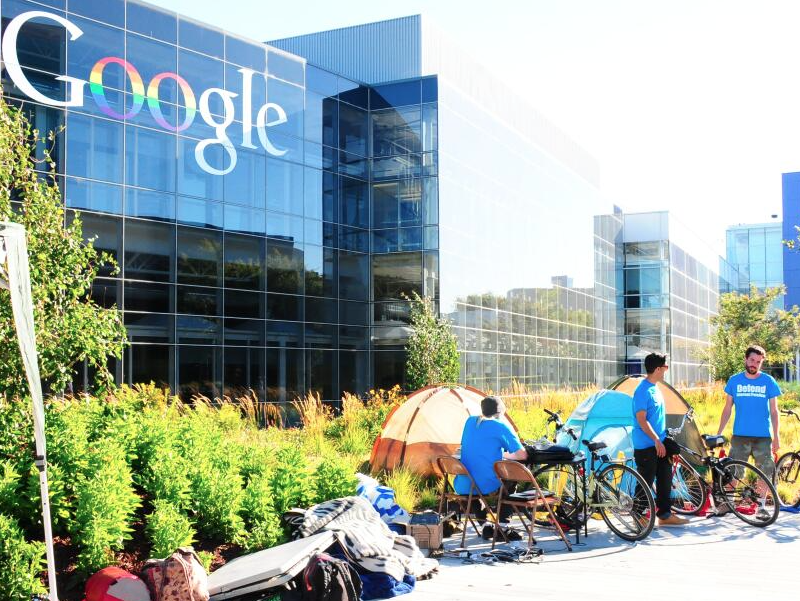 Occupy Activists Arrested at Google HQ for 'Net Neutrality' Protest