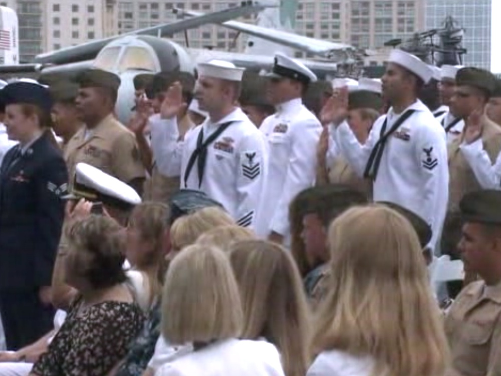 50 U.S. Troops Become Citizens in San Diego