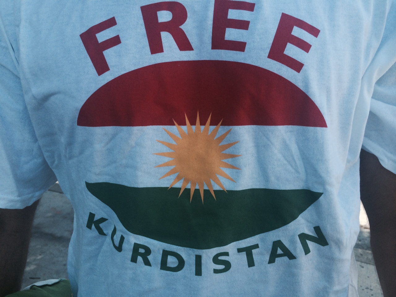 Kurdish-Americans Demonstrate, Plead for U.S. Support for Kurds