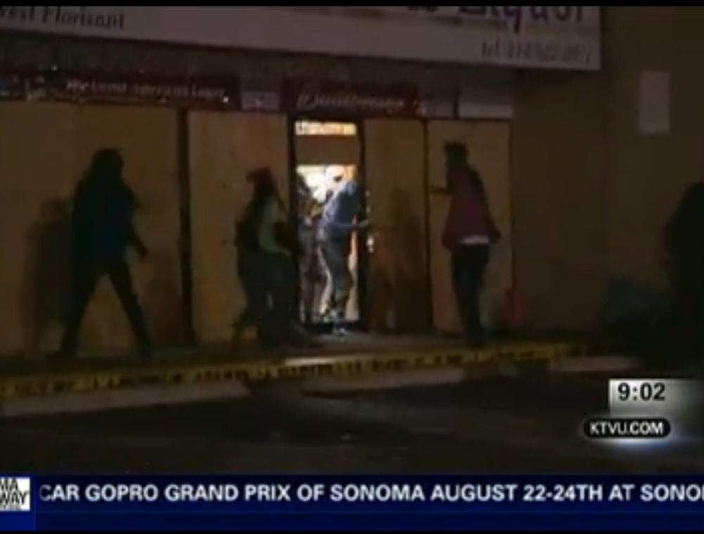 Oakland Protest Over Ferguson Turns Violent