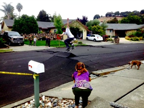 Earthquake Afterthought: Skateboarders Turn Buckled Napa Street Into Skate Park