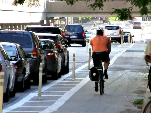 New CA Law: Motorists Must Allow 3 Feet Buffer to Cyclists When Passing
