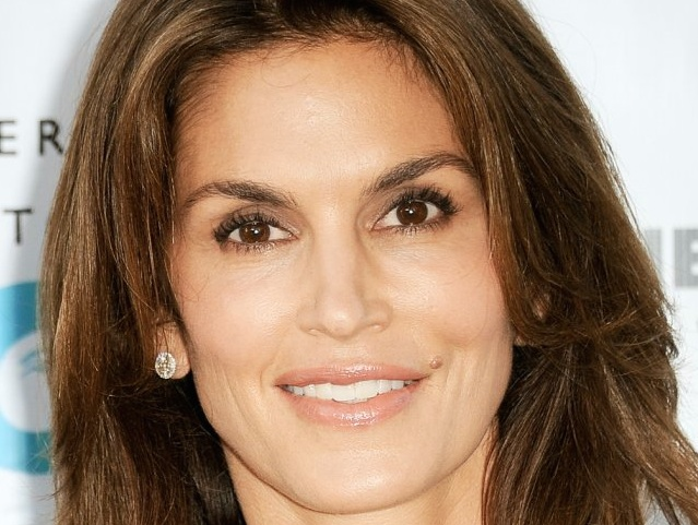 Cindy Crawford Joins Angry Malibu Town Hall Against School Toxins