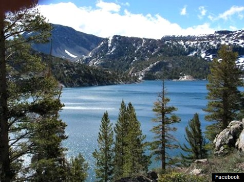 More Than 600 Earthquakes in 24 Hours Hit Mammoth Lake, CA