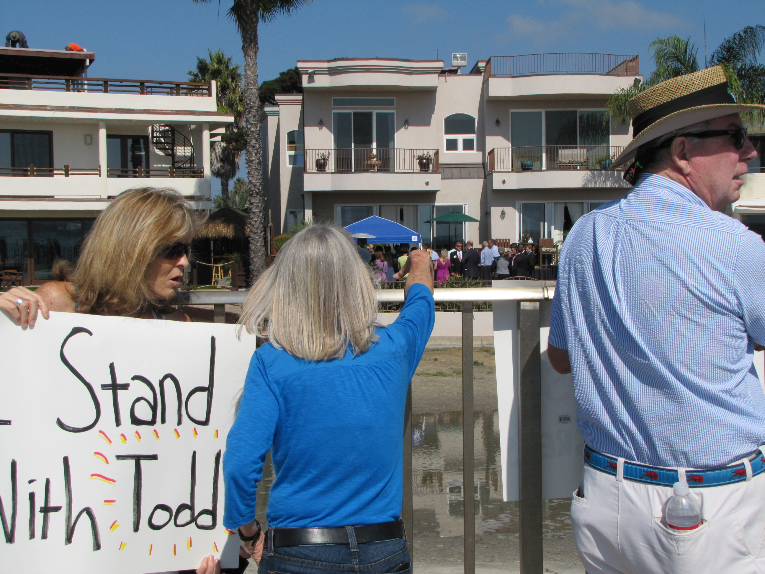 Boehner Fundraiser for DeMaio Met with Lackluster Dem Protest