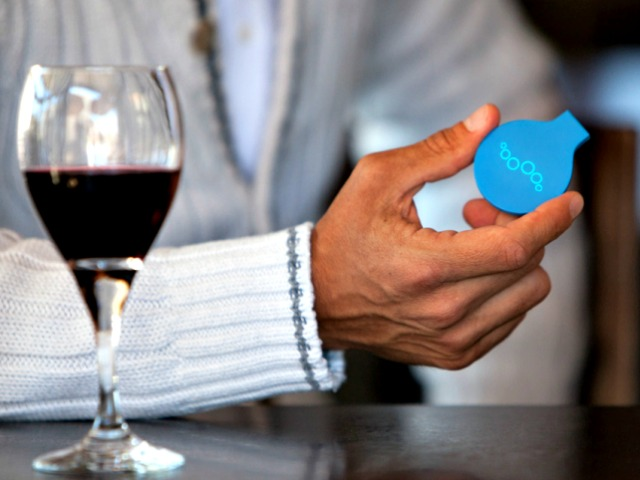 New Breathalyzer App Calls Uber in a 'Breeze' If You're Drunk