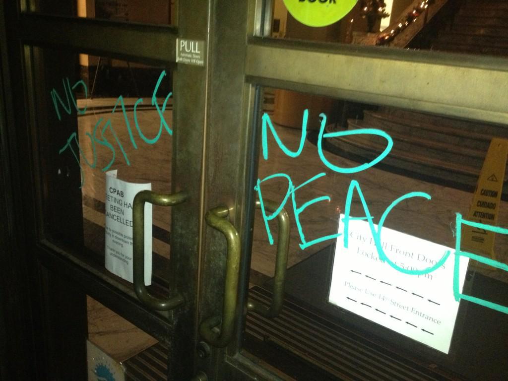 Protests, Vandalism in Bay Area After Garner Decision