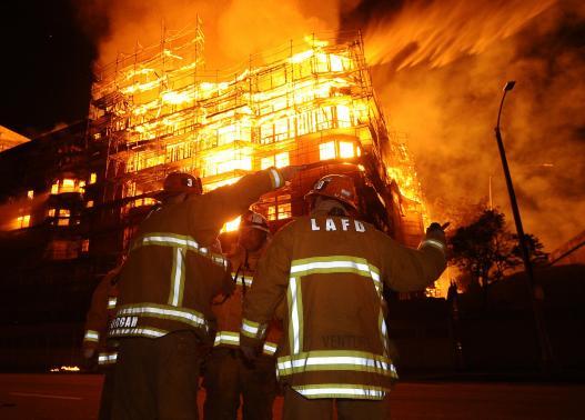 Feds Arrive to Investigate L.A. Blaze
