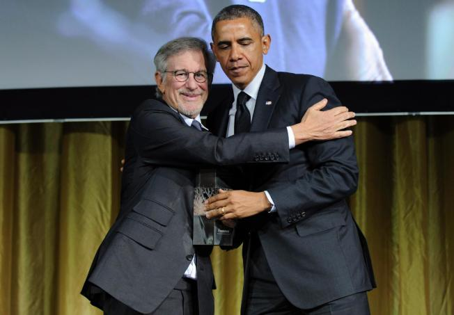 Obama Projects 'Powerlessness' at Holocaust Award Gala