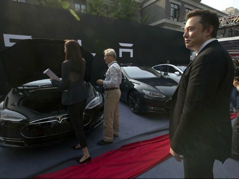 Elon Musk: 'Tesla Will Not Initiate Patent Lawsuits' Against Competitors