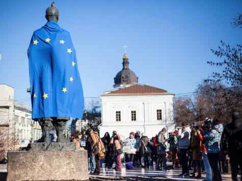 Farage: EU 'Has Blood On Its Hands' Over Ukraine