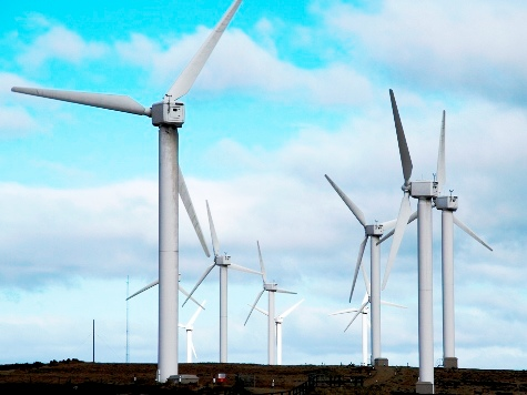 UK Government Plans to Build 3,000 New Wind Turbines Despite Conservative Objections