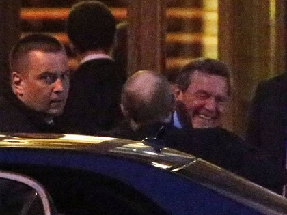 The Schroeder-Putin Hug Reveals the German's Status as 'Putin's Best Friend in the West'